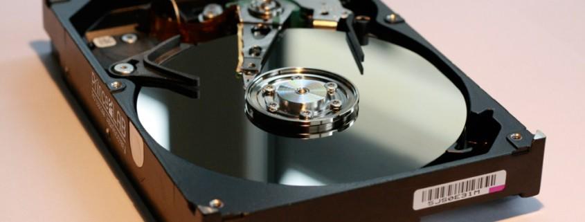 PRINCELAB SRL • Recupero Dati Professionale – Professional Data Recovery a Vicenza - hard disk aperto